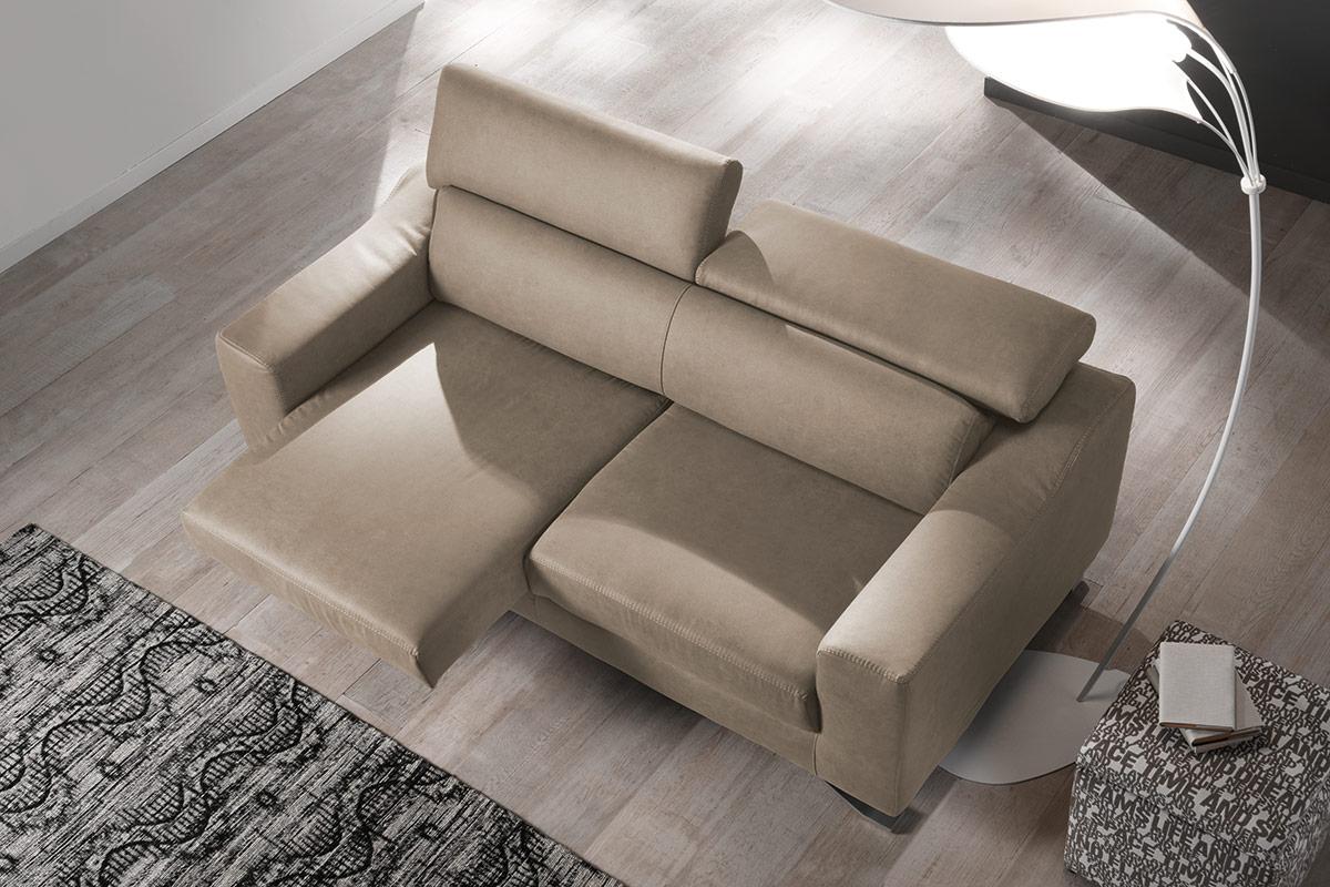 divano 3 posti seduta scorrevole